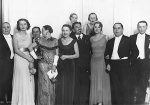 1933-circa